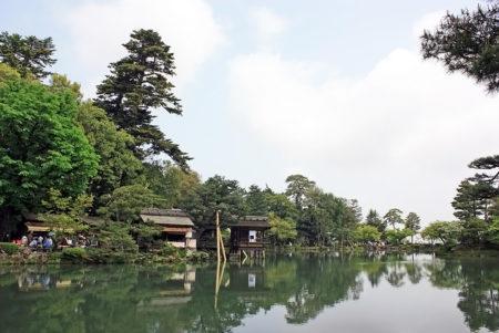 六勝を兼ね備えた風光明媚な日本庭園「兼六園」