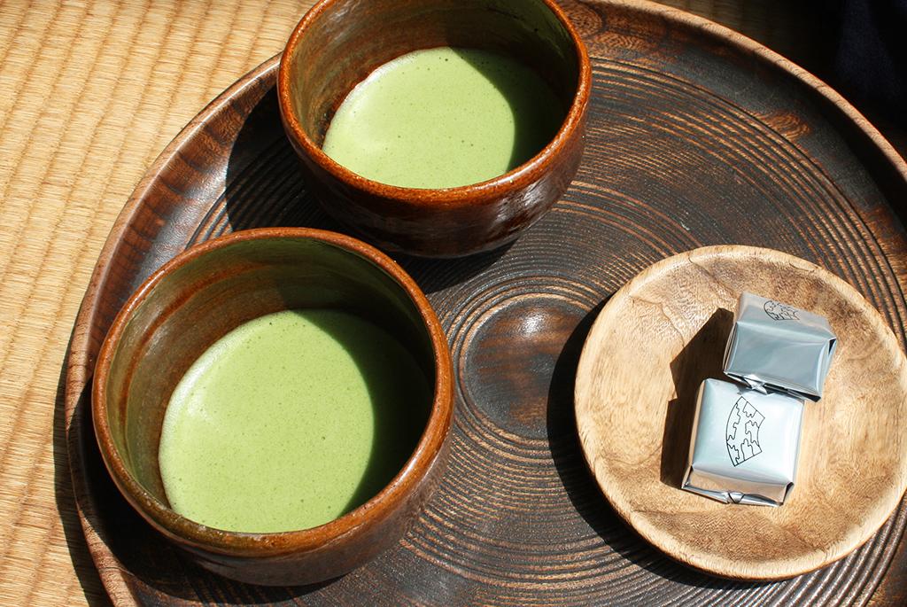 内橋亭の抹茶と和菓子