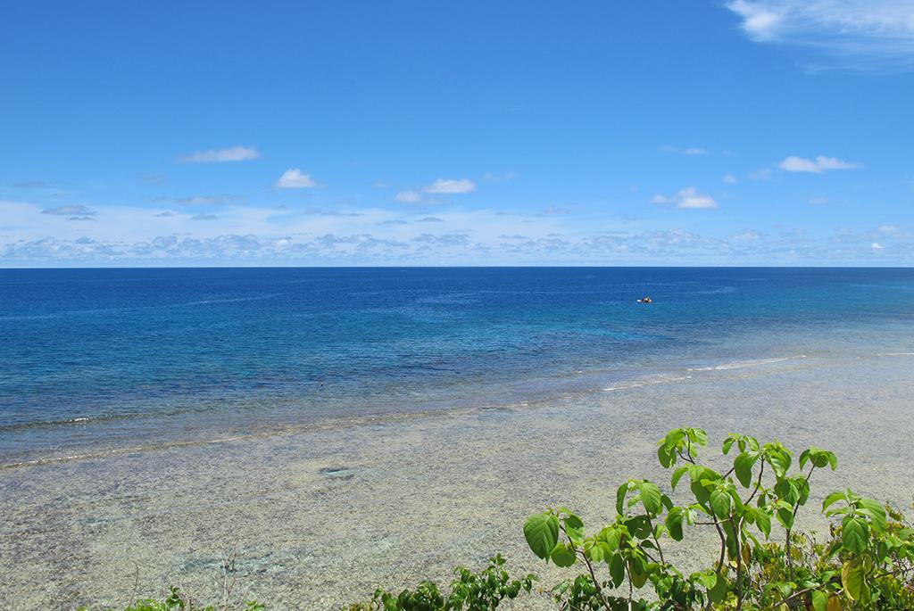美しいリーフが続くガンビーチ