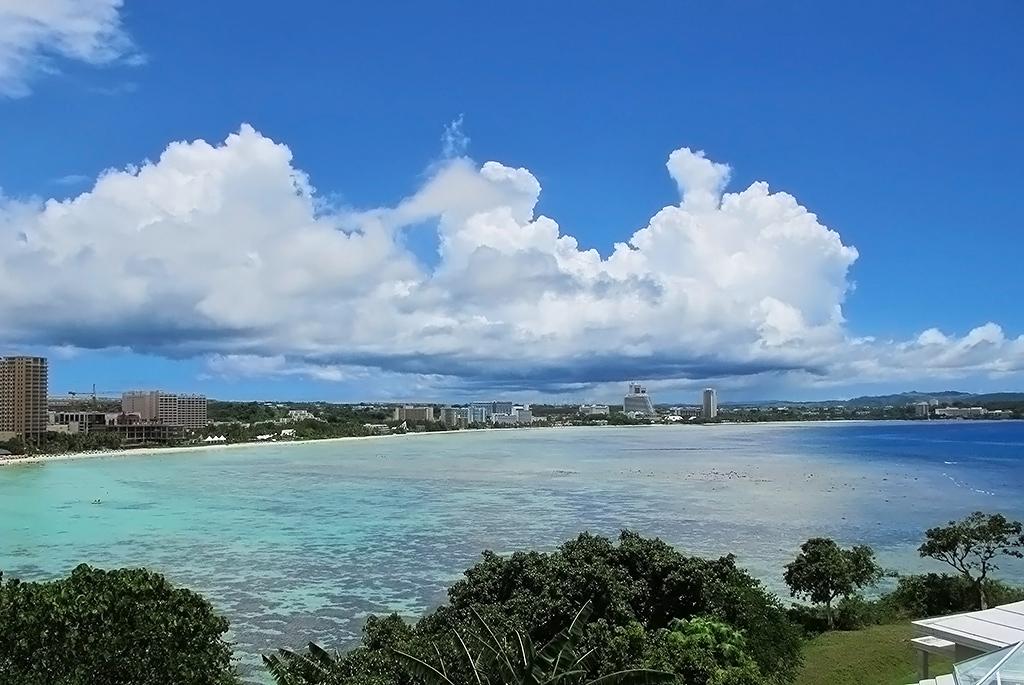 グアムと言えばタモン湾を見渡すこの景色