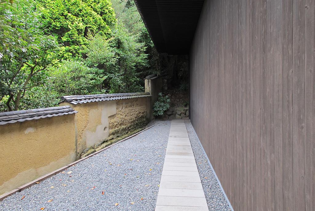 「南寺」作品:ジェームズ・タレル/設計:安藤忠雄