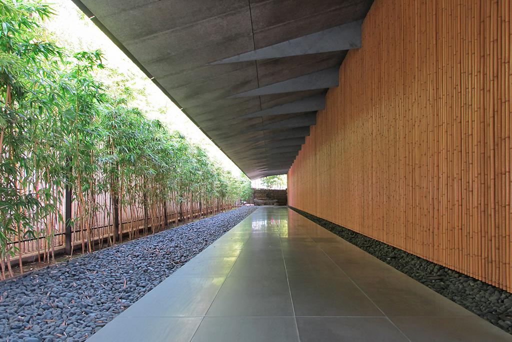 威厳ある作品と美しい庭園からなる南青山「根津美術館」