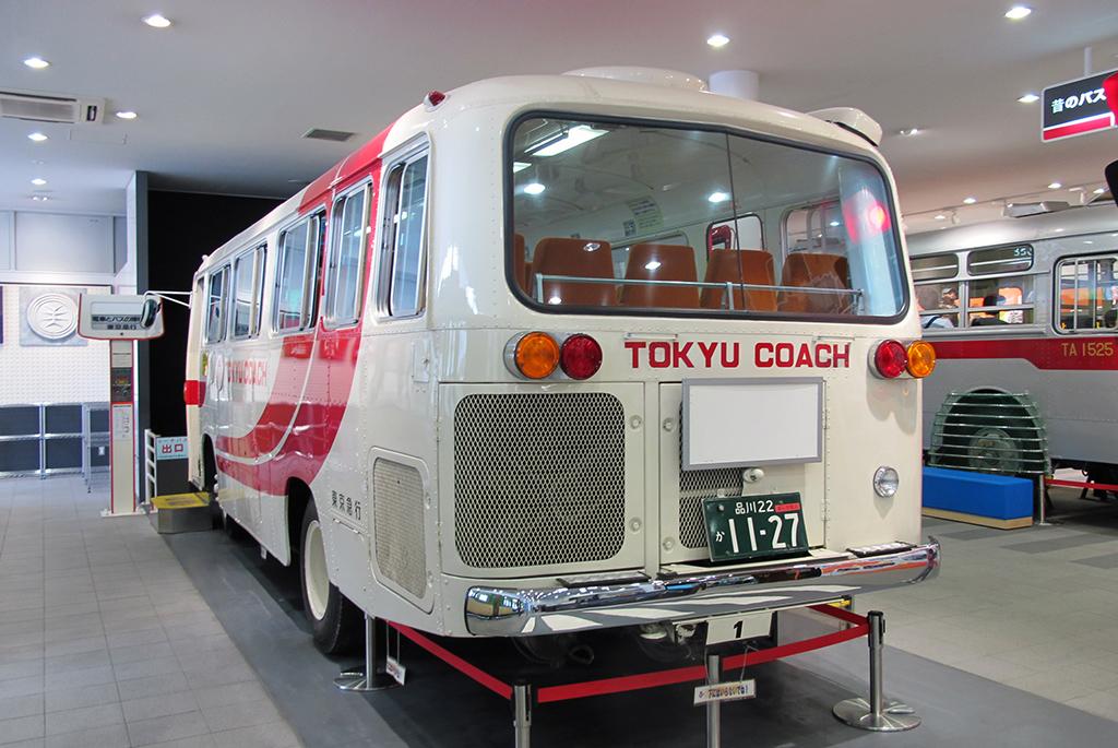 かつて活躍していたバス「東急コーチ」