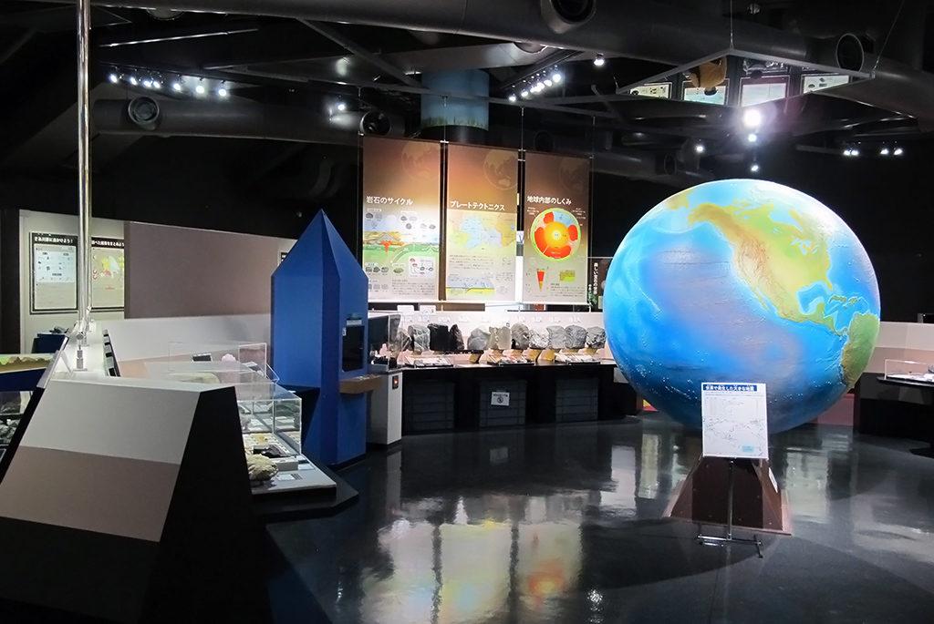 科学の知識・面白さを凝縮!西東京市「多摩六都科学館」