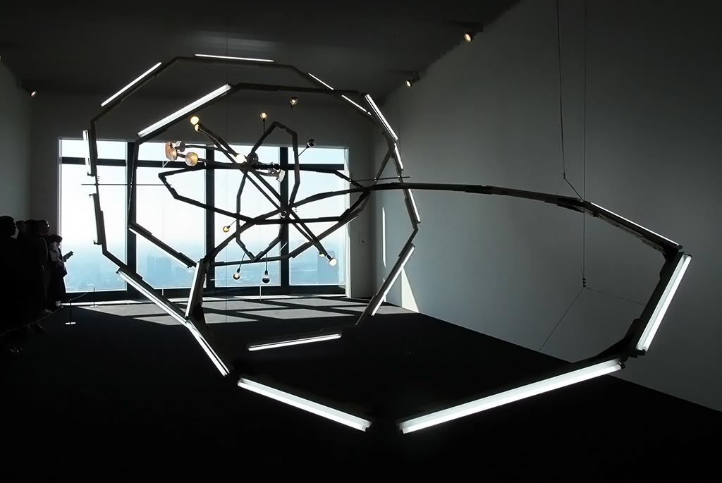 ビョーン・ダーレム「ブラックホール(M-領域)」