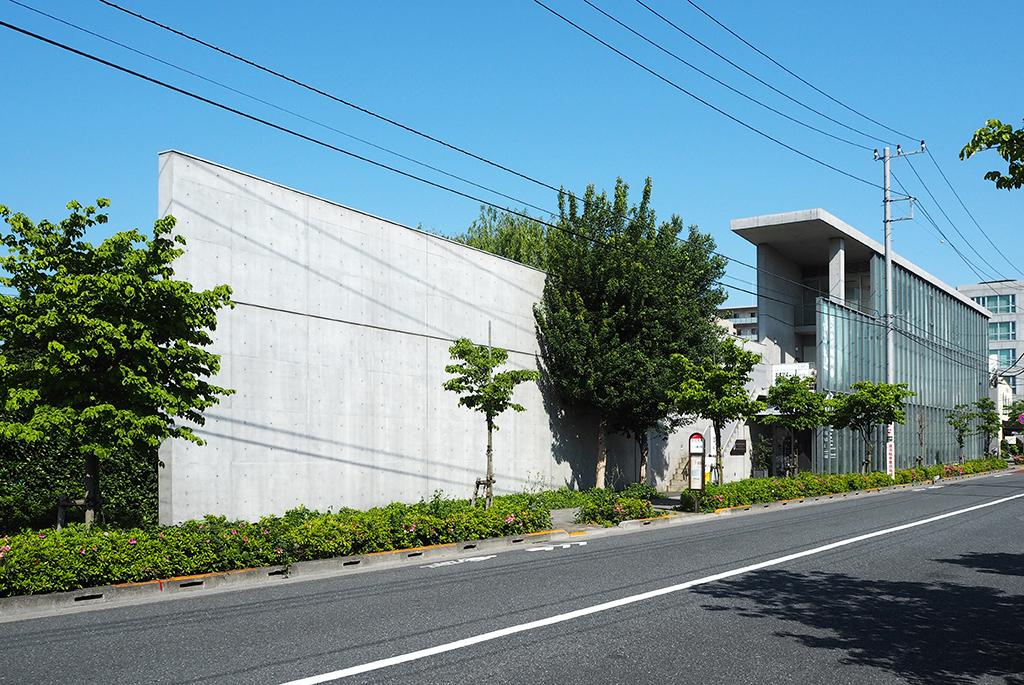 コンクリート壁が特徴的な「仙川デルタ・スタジオ」