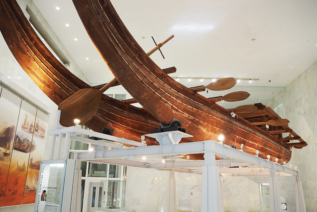 1,000年以上昔に作られたダブルカヌーを復元