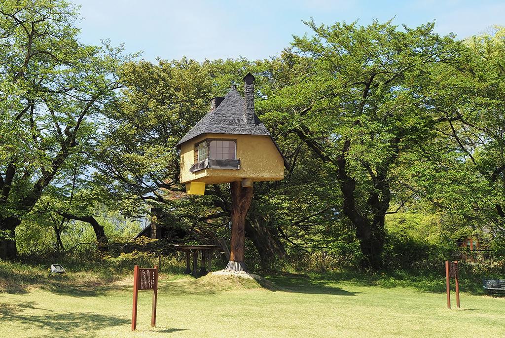 地上4メートルにある「茶室 徹」