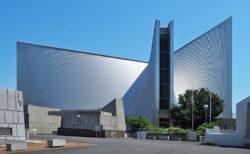 丹下健三の代表作「東京カテドラル聖マリア大聖堂」
