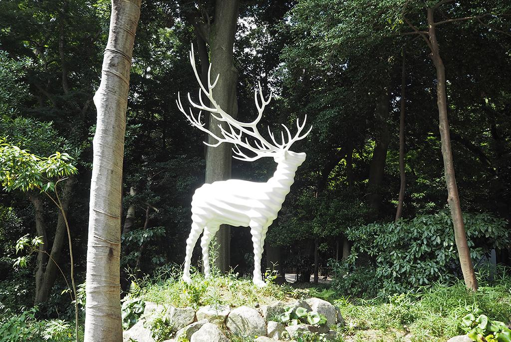 名和晃平「White Deer(Meiji Jingu)」