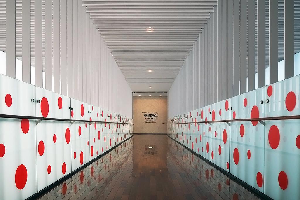 美しい展示室への導線